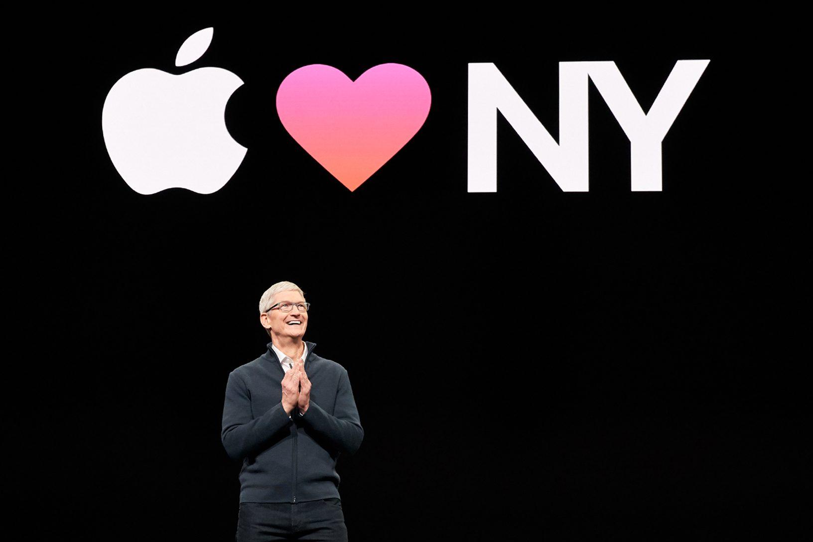 Apple; Tim Cook